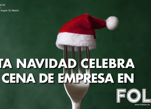 Tenedor con sombrero de Papá Noel. Esta navidad celebra tu cena de empresa en Folie.